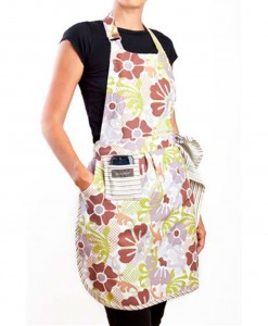 Apron-TeaTime-Flowers-(low)