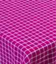 TableCloth_Raspberry_Open_on_table_high