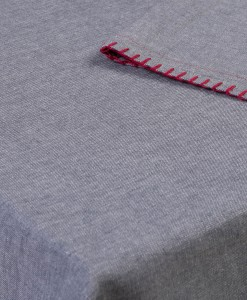 TableCloth_RedLine_Open_on_table_high